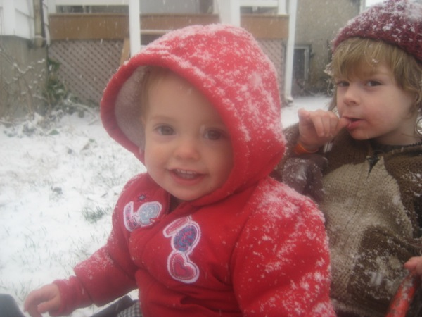 Oscar and Vivien in the snow