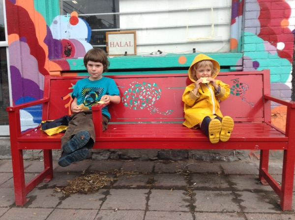 Oscar and Vivien on bench
