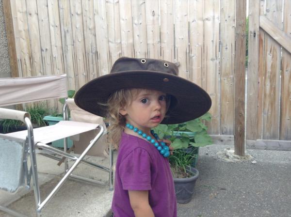 Viv in a big hat