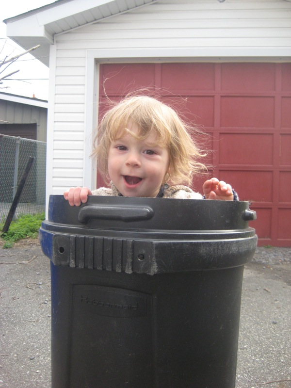 Oscar in a trash can